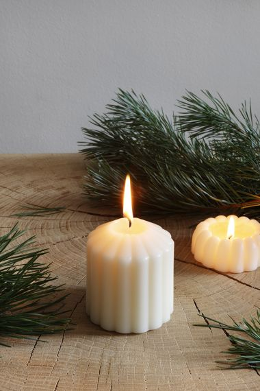 Fluted Candle - Fireside by Rose Uniacke_2