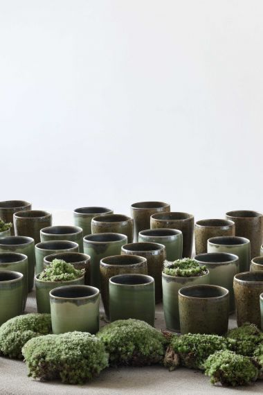 Ceramic Mug in Iron Flecked Moss Green_1