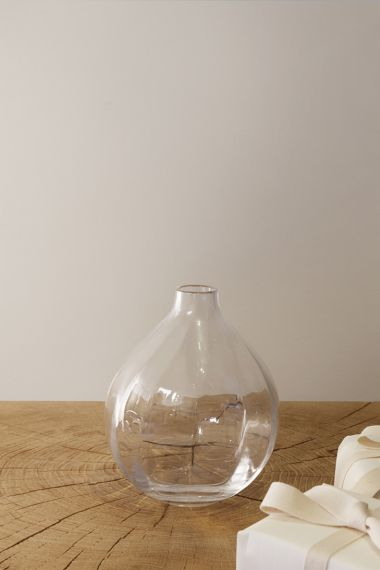 Single Stem Vase by Rose Uniacke_0