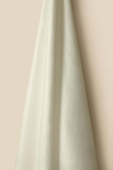 Light Weight Linen in Ivory (Double Width)_1