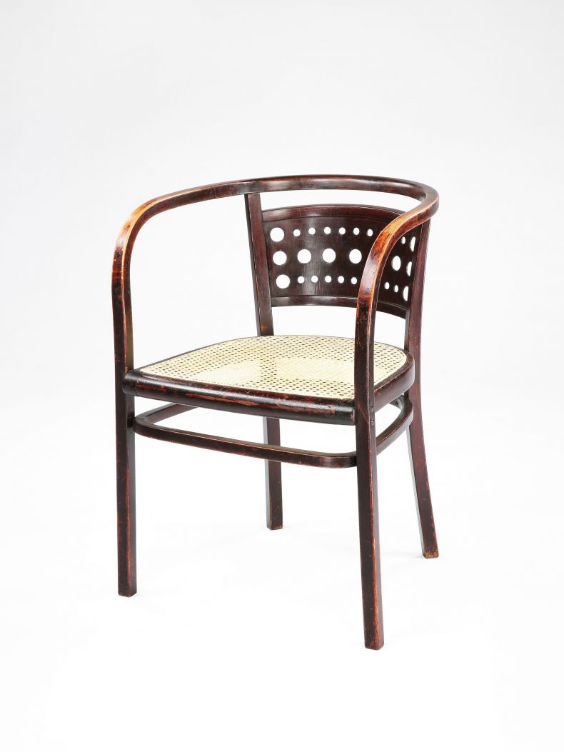 Secessionist Bentwood Elbow Chair by Thonet_0