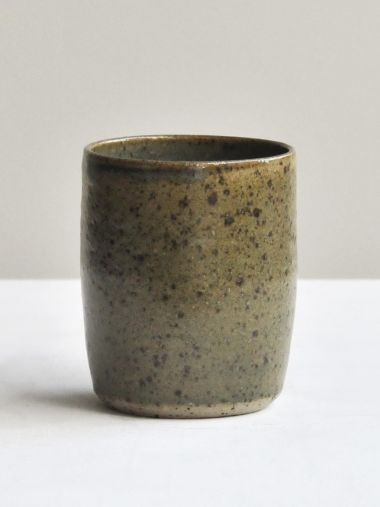 Ceramic Mug in Iron Flecked Moss Green_0