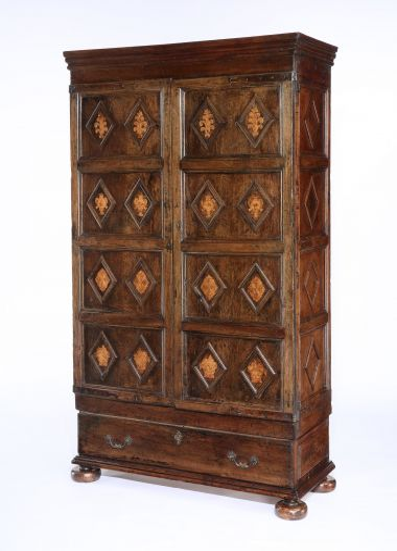 17th Century Walnut Spanish Cabinet_0