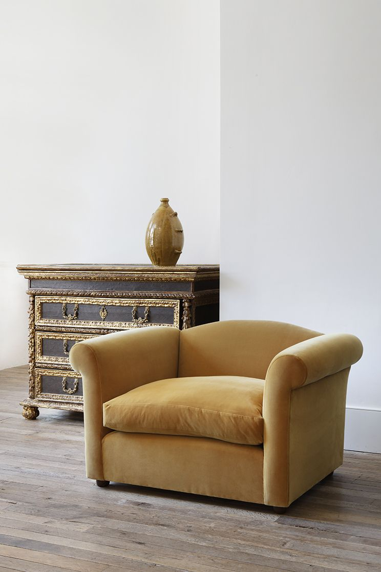 Petersham Armchair by Rose Uniacke_0