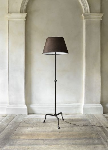 Hoof Standing Lamp by Rose Uniacke_3