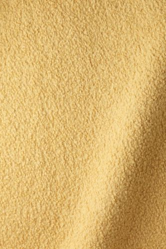 Textured Wool in Maize