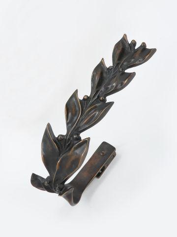 Pair of Leaf & Berry Curtain Ties in Dark Bronze