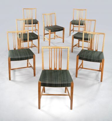 Early Set of Eight Dining Chairs by Hans Wegner_1