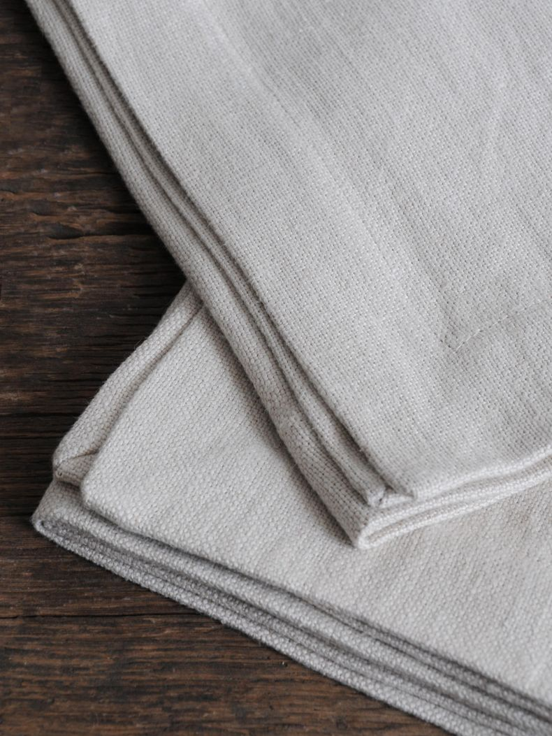 Napkins in 'Otter' Heavy Weight Linen_0