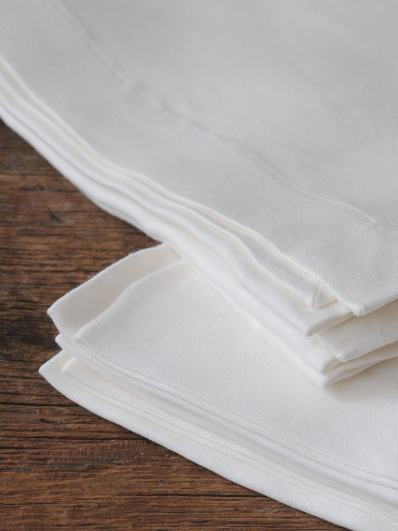 Napkins in 'Ivory' Double Damask Linen