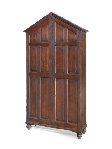 Early 19th Century Welsh Oak Cabinet