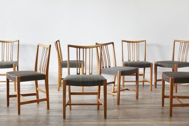 Early Set of Eight Dining Chairs by Hans Wegner_3