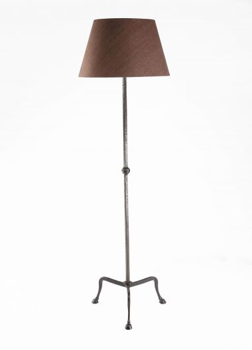 Hoof Standing Lamp by Rose Uniacke_0