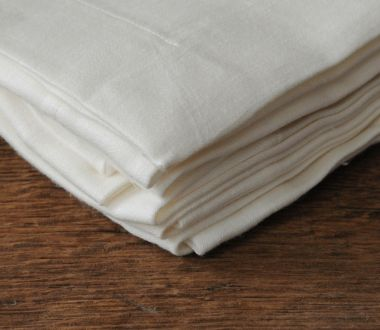 Napkins in 'Ivory' Double Damask Linen_1
