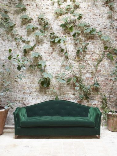 Serpentine Sofa by Rose Uniacke_1