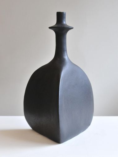 Pair of Black Sandstone Ceramic 'Trilobe' Lamps by Isabelle Sicart_1