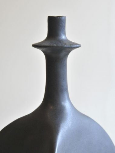 Pair of Black Sandstone Ceramic 'Trilobe' Lamps by Isabelle Sicart_3