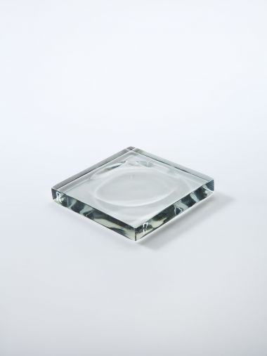 Moulded Glass Tray by Rose Uniacke_1