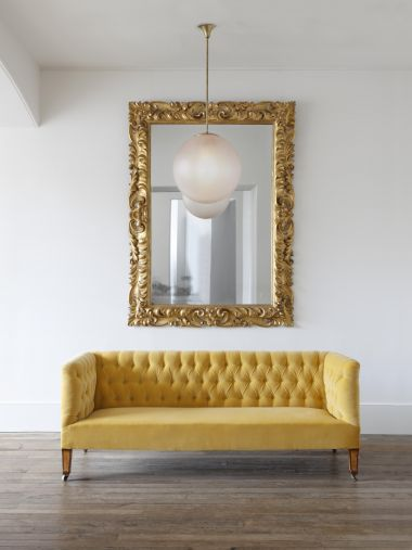 Large Early 18th Century Giltwood Mirror_4