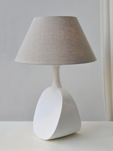 'White Capri' Table Lamp by Isabelle Sicart_0