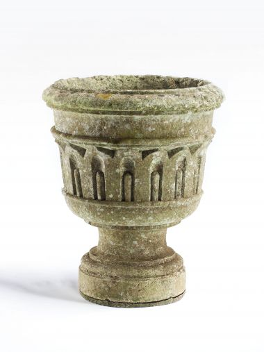 Early 18th Century Carved Stone Urn_0