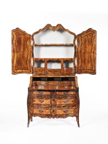 18th Century Italian Olivewood Bureau Cabinet_1