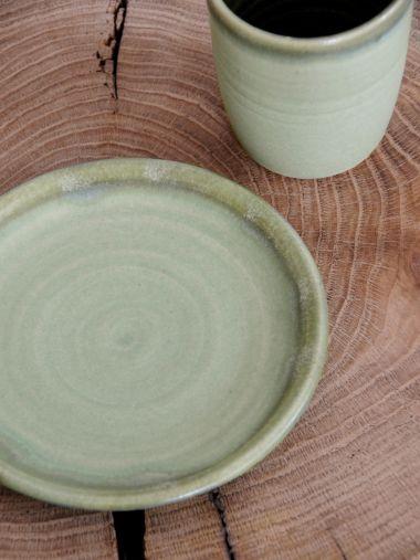 Ceramic Plate in Moss Green_3