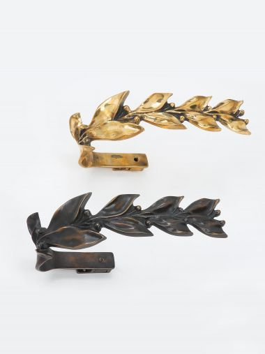 Pair of Leaf & Berry Curtain Ties in Polished Bronze_2