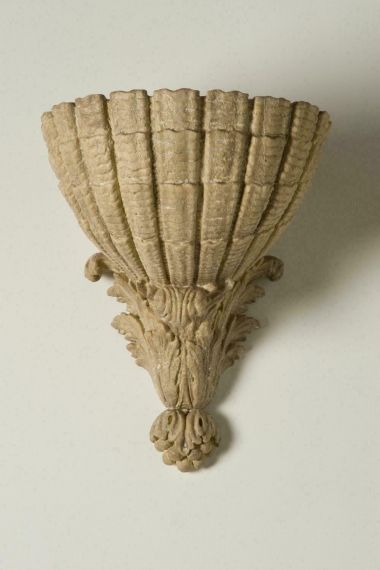The Scallop Shell Wall Plinth by Rose Uniacke_1