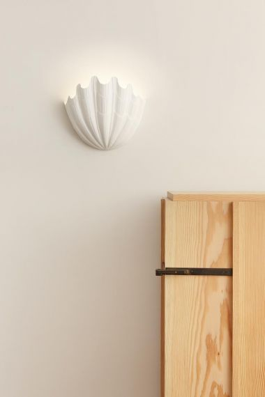 Plaster Shell Uplighter by Rose Uniacke_3