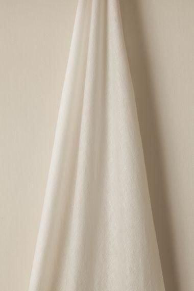 Sheer Linen in Swan_1