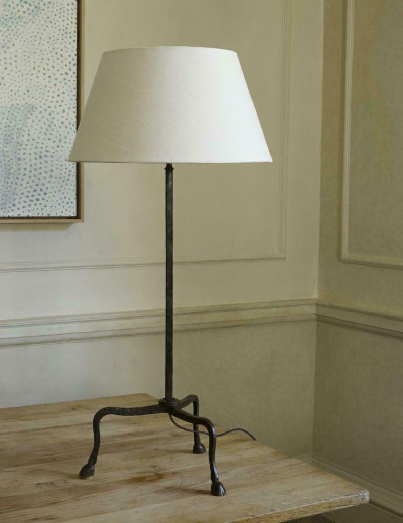 Hoof Table Lamp by Rose Uniacke_0