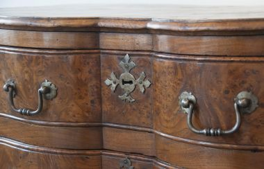 Large 19th Century Burr Elm Commode_2